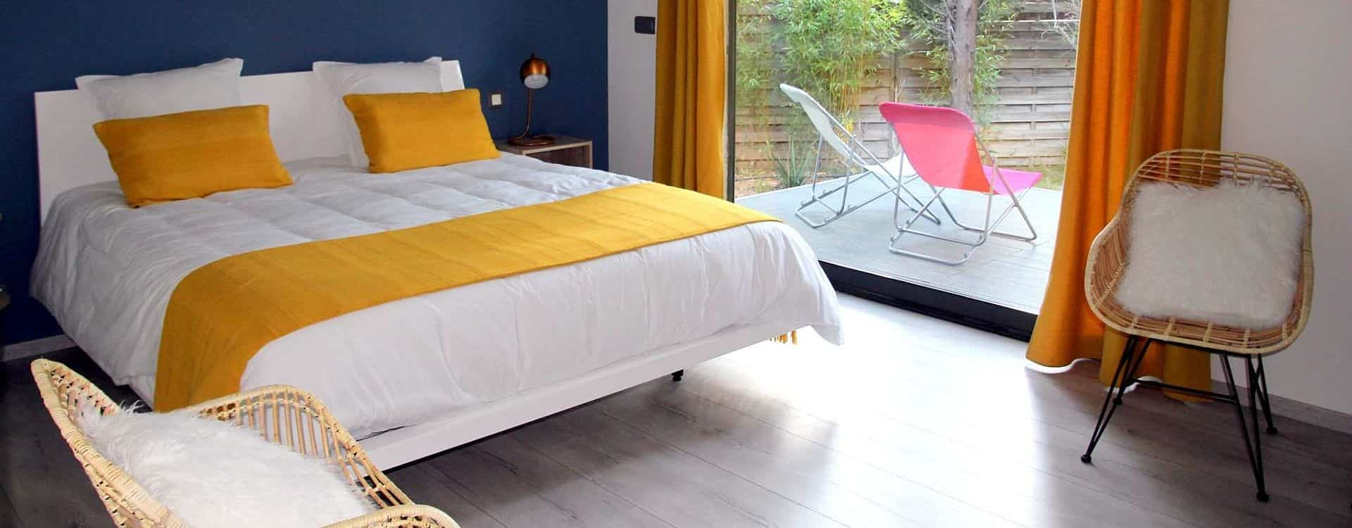 chambre-tout-confort-climatisation-terrasse-privative-maison-chambres-hotes-montpellier-herault
